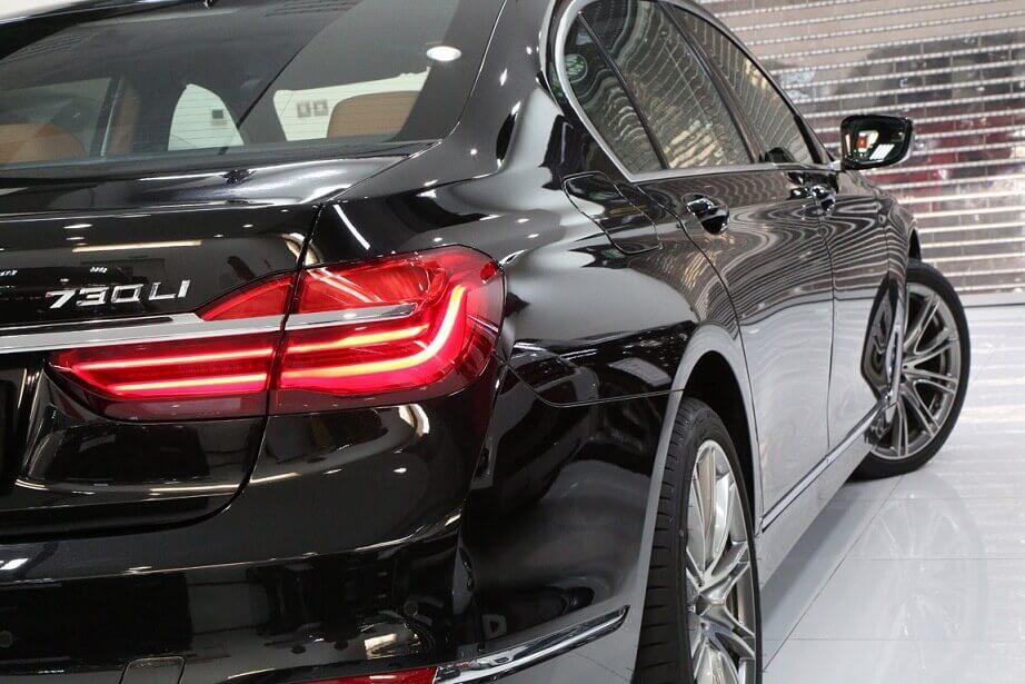 BMW 730 Black