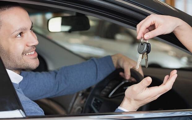 اجاره-ماشین-در-داخل-و-خارج-از-کشور-به-چه-صورت-انجام-می-گیرد؟-1