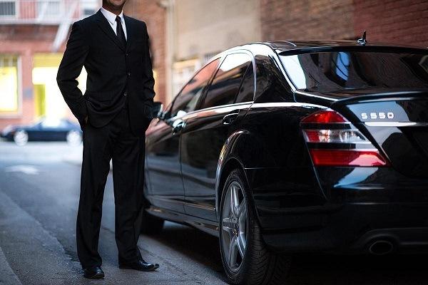 اجاره خودرو با راننده چگونه انجام می گیرد؟1