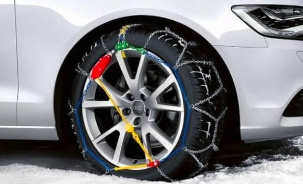 بستن زنجیر چرخ در خودروهای اجارهای