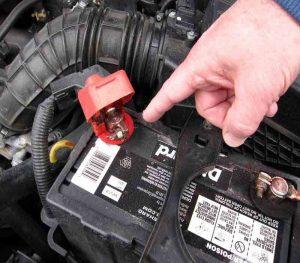 نگهداری از خودروی اجارهای و نکاتی درباره افزایش عمر باتری