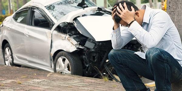 در اجاره خودرو در صورت بروز حادثه یا تصادف چه اقدامی انجام دهید